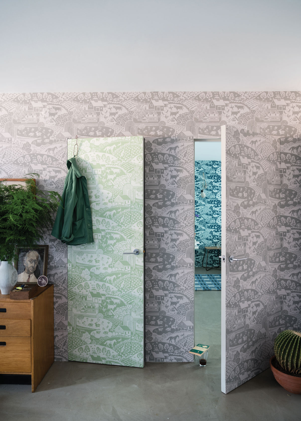 Farrow Amp Ball Channels The 1940s In Latest Wallpaper
