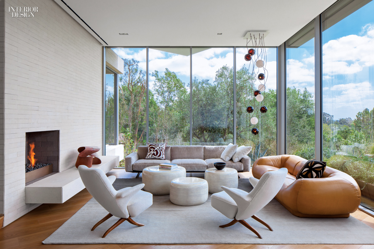 Los angeles house 2015 boy winner for large house for Family room los angeles