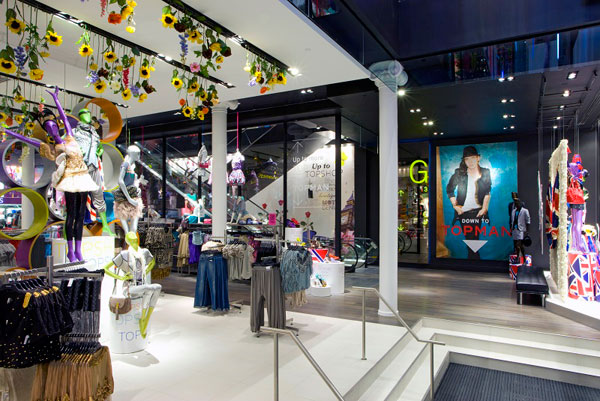 TopShop-TopMan-New-York-City-Flagship-Interior.jpg