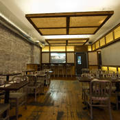 dassara-dining-white-light.png