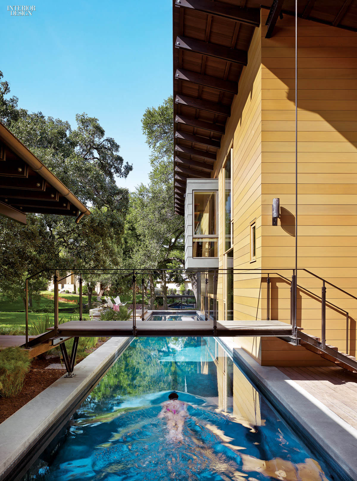 Austin city limits lake flato and abode transform texas for Pool design austin