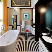 Thumbs 5991 Bathroom Tub Achille Salvagni Architetti 0714.jpg