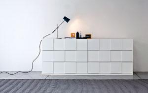 Quadro dresser