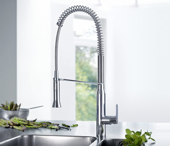 GROHE Kitchen Faucets Combine Professional Functionality With Design
