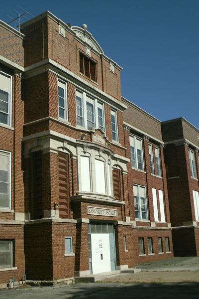 The abandoned school.